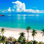 Где отдохнуть на море в августе
