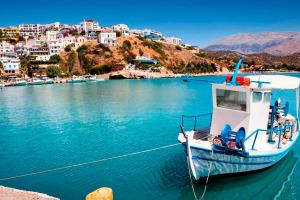 Где отдохнуть на море в мае: 12 лучших направлений
