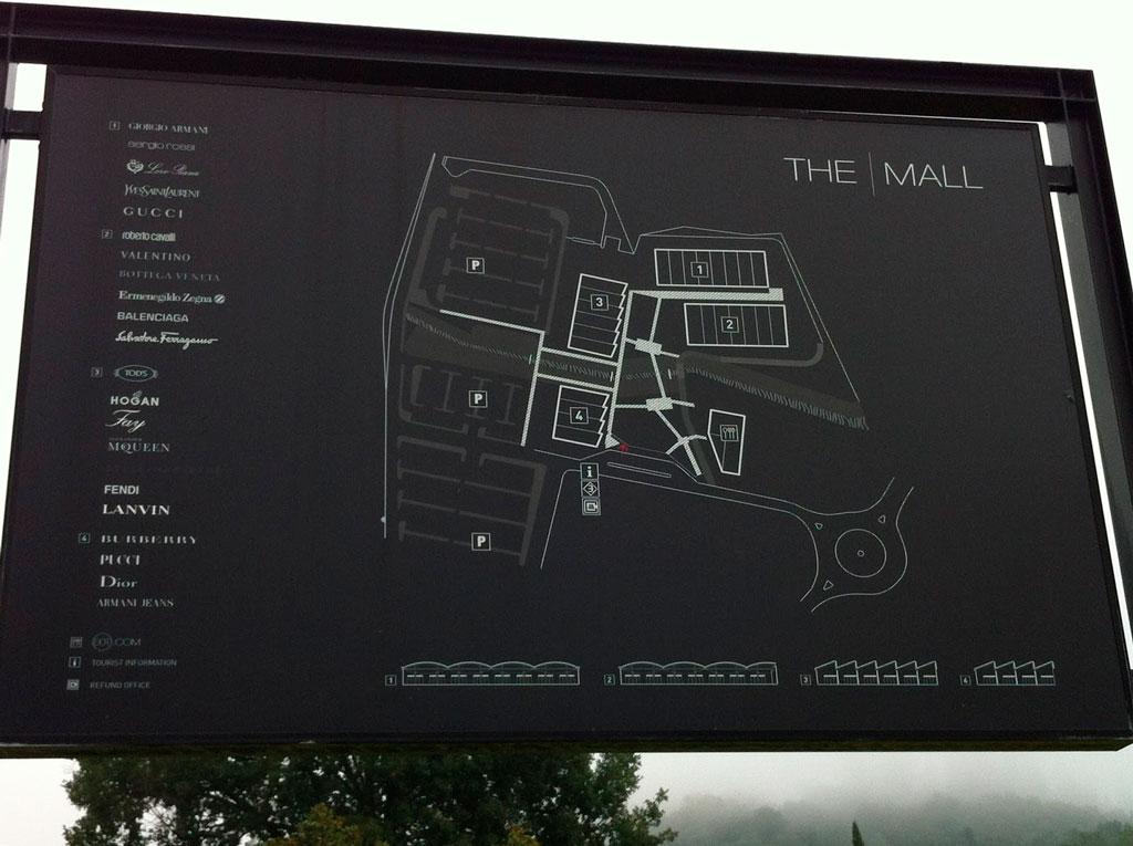 Аутлет в Италии — The Mall
