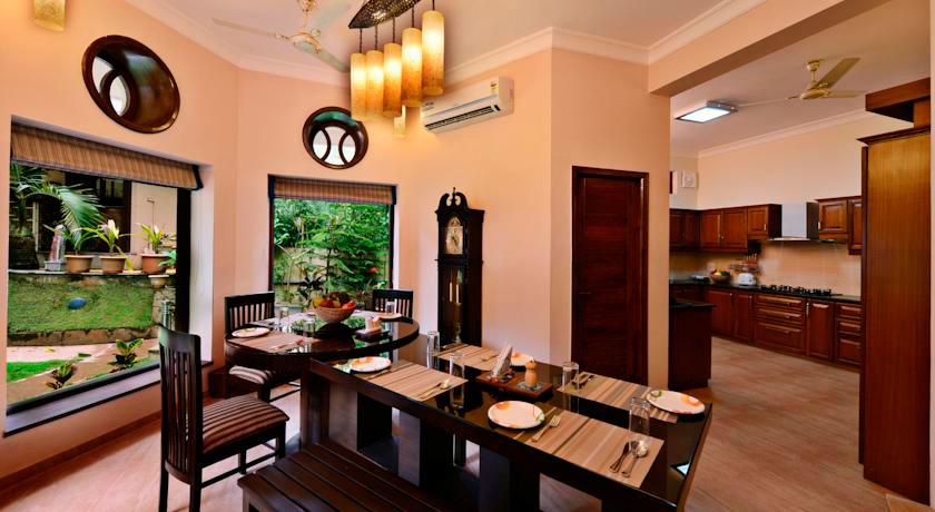 La Sunila Clarks Inn Suites