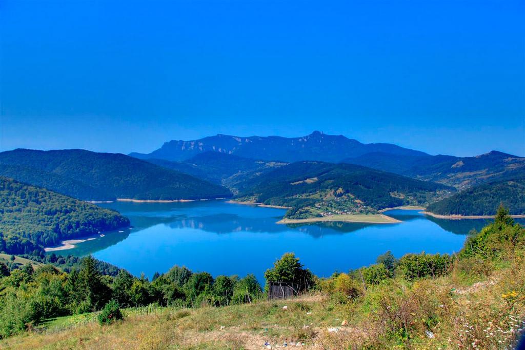 Горноеозеро ЛакулРошу
