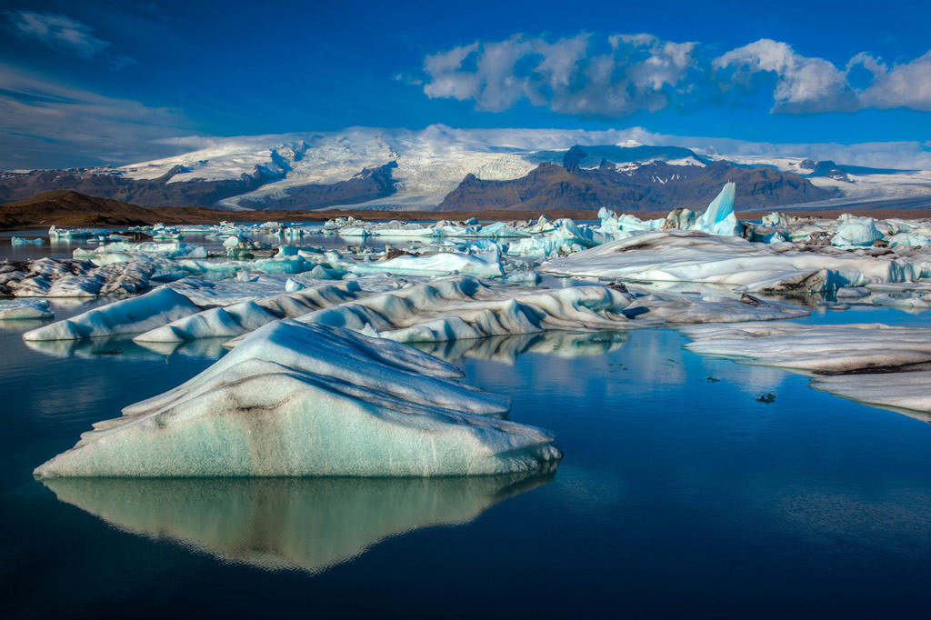 Ледниковое озеро Йокульсарлон