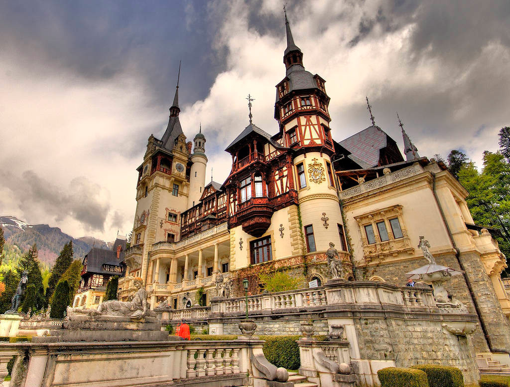 Пелеш -королевский дворец