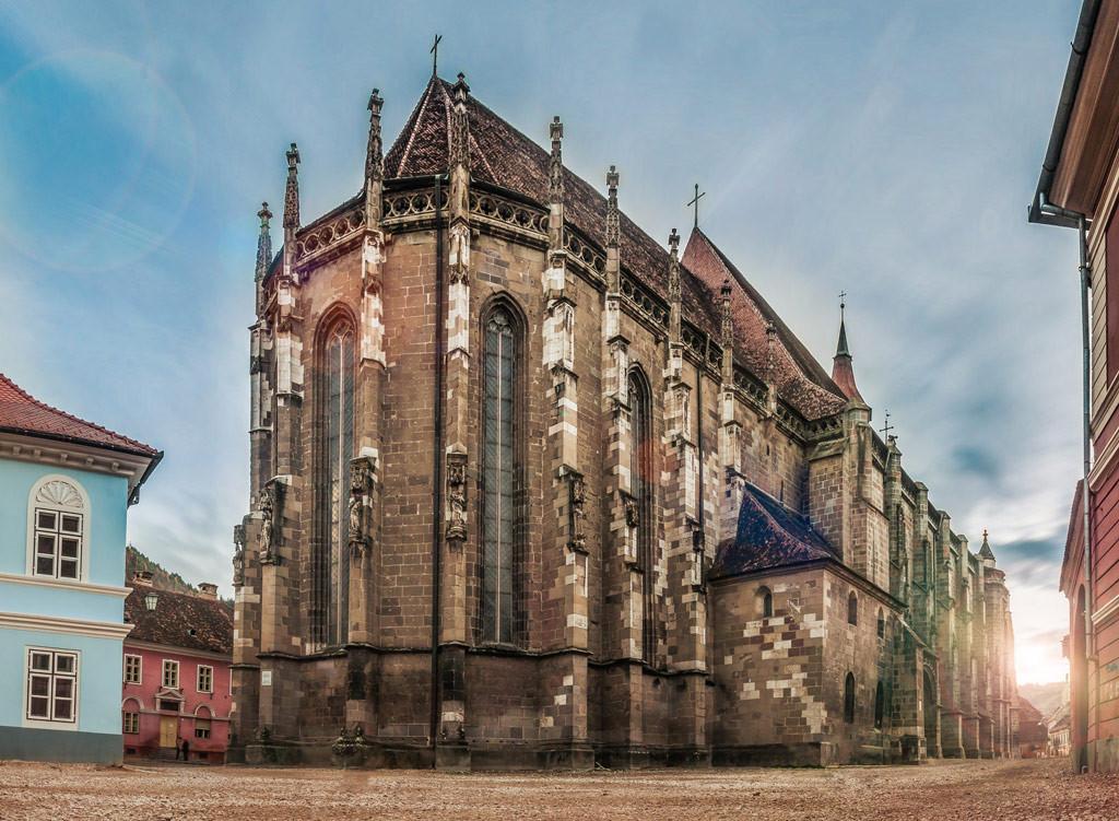Черная церковь, Румыния