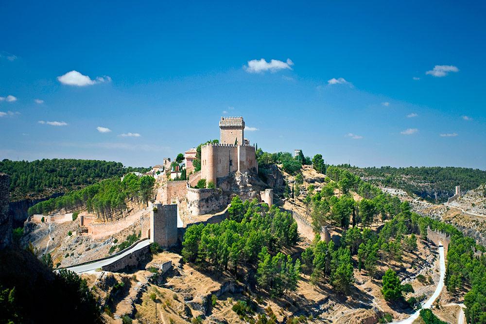 Замок Аларкон, Испания