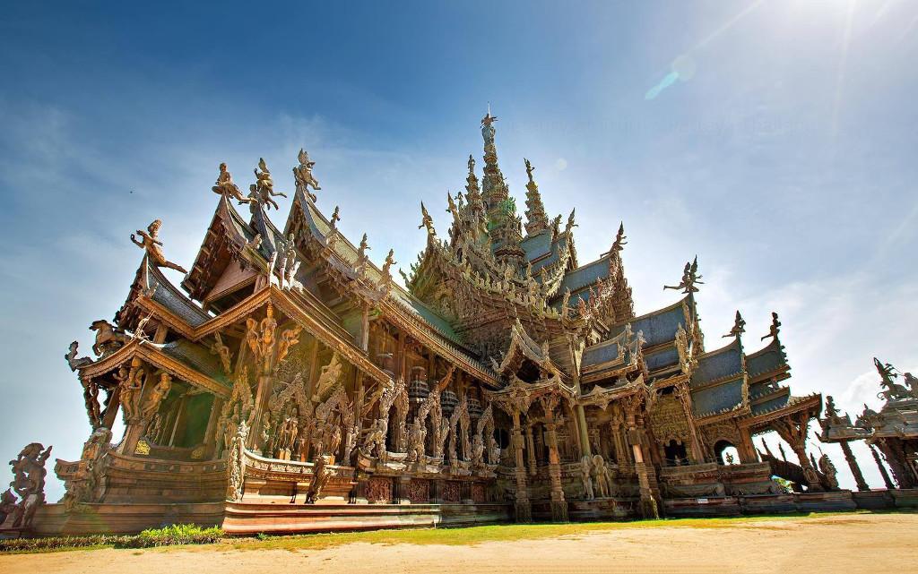 Деревянный храм в Паттайе