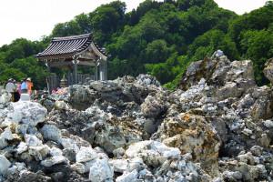 Гора Осорезан в Японии