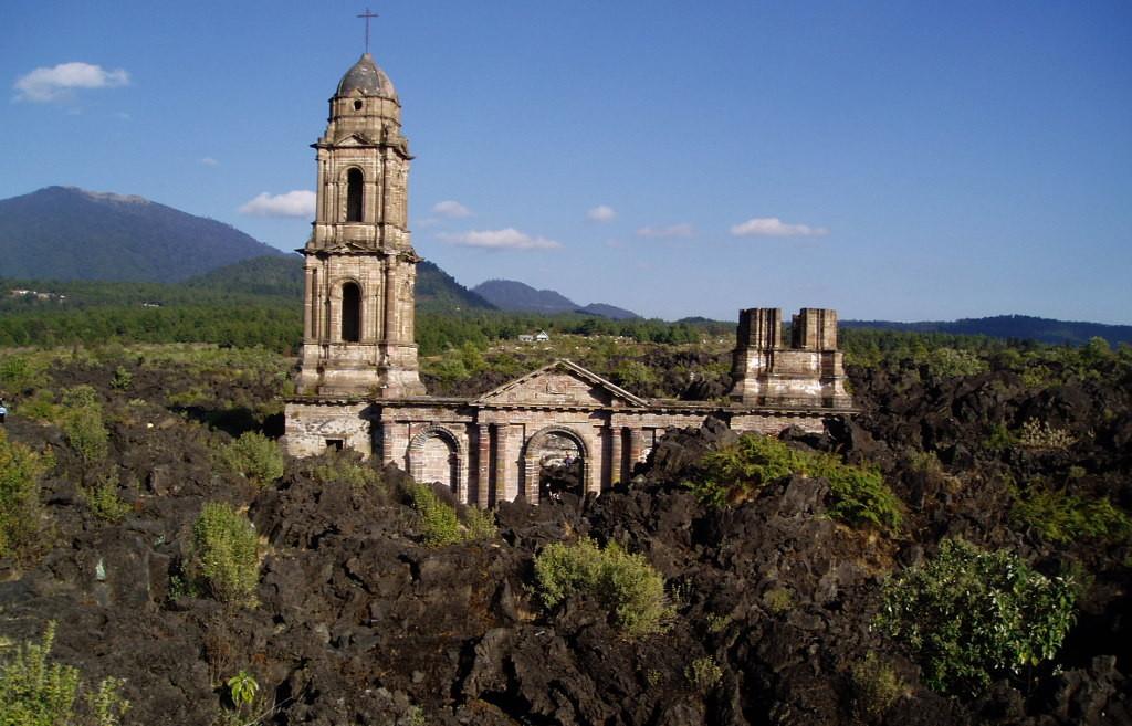 Вулкан Парикутин в Мексике