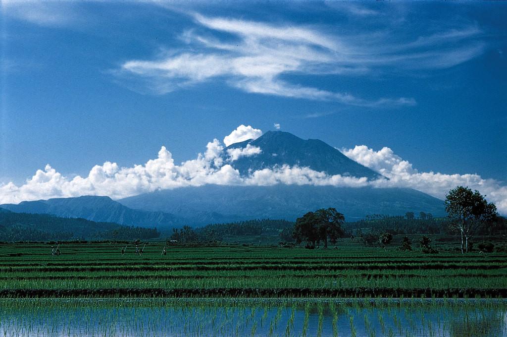 Агунг