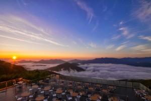Терраса Ункай – смотровая площадка над облаками