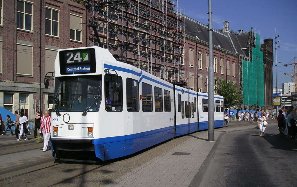 Трамвай Амстердам