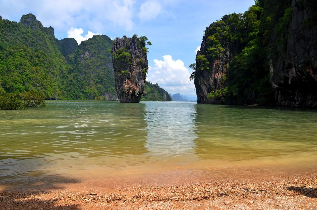Остров джеймса бонда в тайланде википедия