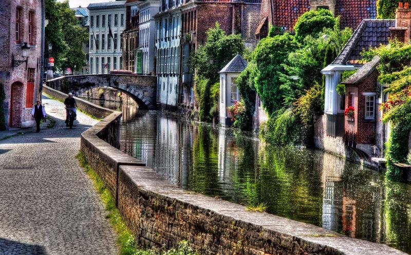 Амстердам, Бельгия, Брюгге, транспорт, добраться, самолет, перелет, такси, автобус