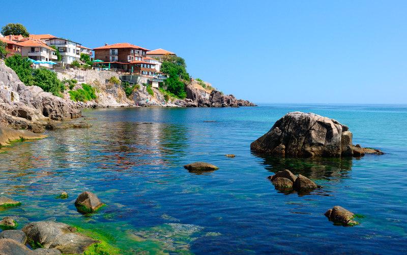 9, идей, отдохнуть, мае, море, май, отдых, курорт, Средиземноморье, Черное, Азовское, Болгария, Черногория, Мальдивы, Сейшелы