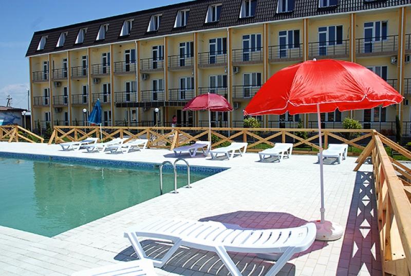 Отель «Золотая рыбка», посёлок Прибрежный