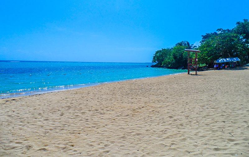 Жемчужный пляж