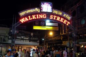 Волкин стрит (Walking street) в Паттайе
