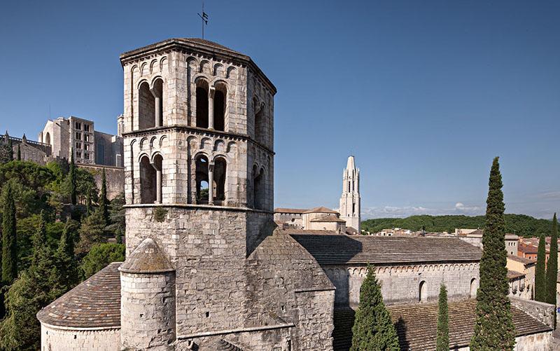 Бенедиктинский монастырь Святого Петра Галлиганса