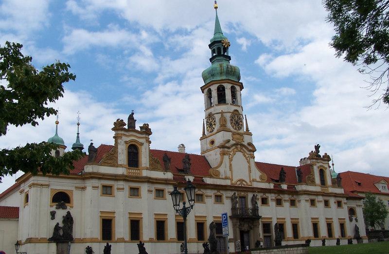 Лоретанский монастырь