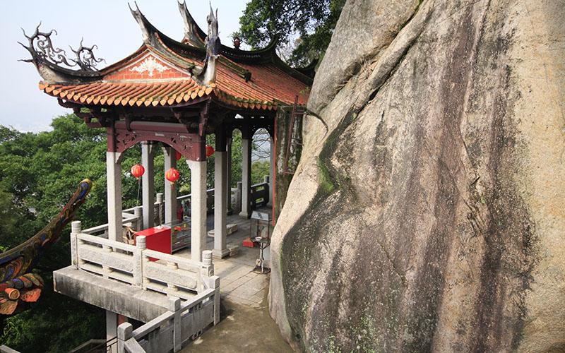 Парк Цинъиюань