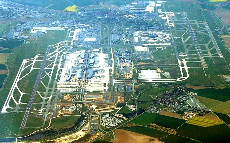 аэропорта Шарль де Голь в Париж