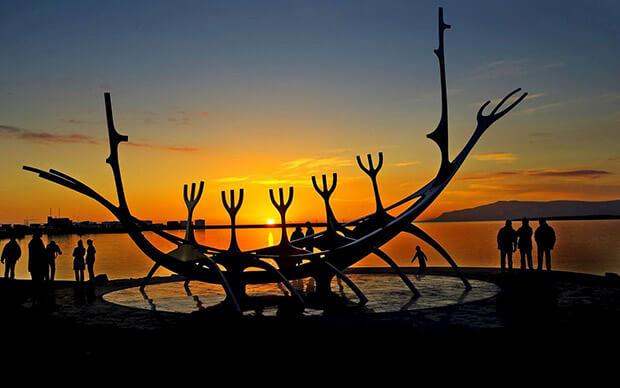Памятник Sun Voyager