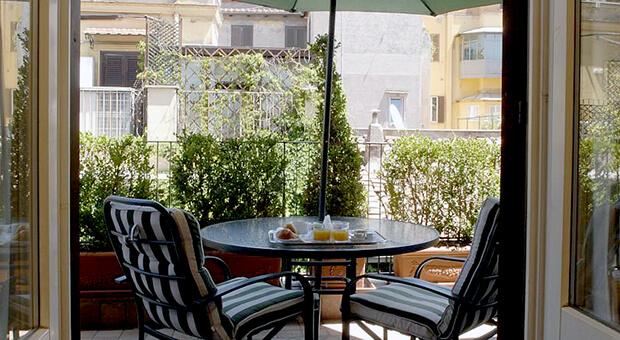 Hotel Condotti 3*