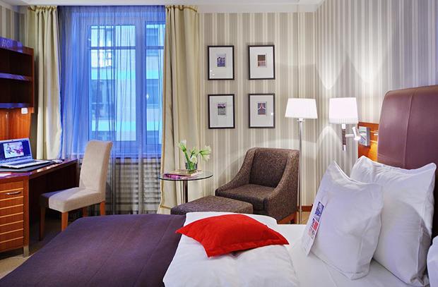 Отель Solo Sokos Hotel Palace Bridge 5*