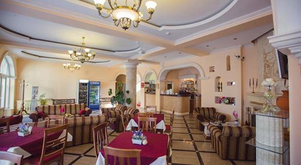 Наири Отель 3*