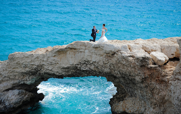 Мост влюбленных (Stone Arch)