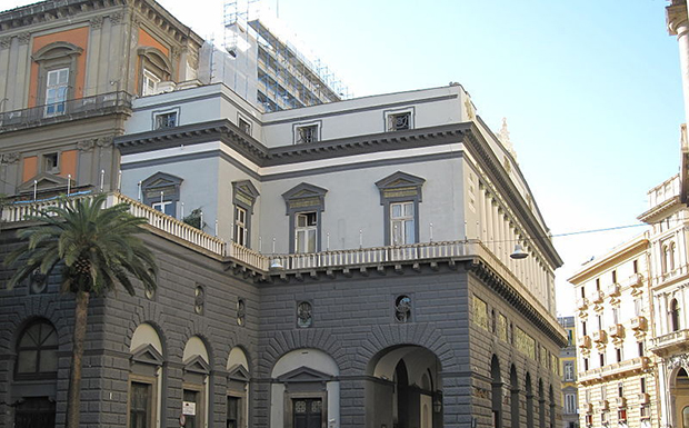 Театро-ди-Сан-Карло