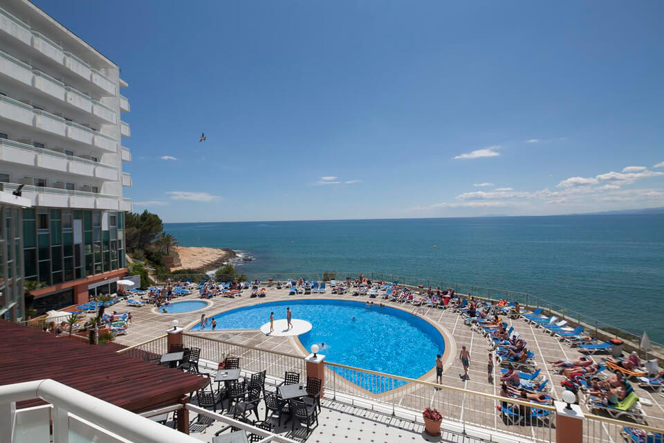 Туры в Испанию на 7 ночей, отели 3-4*, завтраки+ужины от 68 234 руб за ДВОИХ — июль