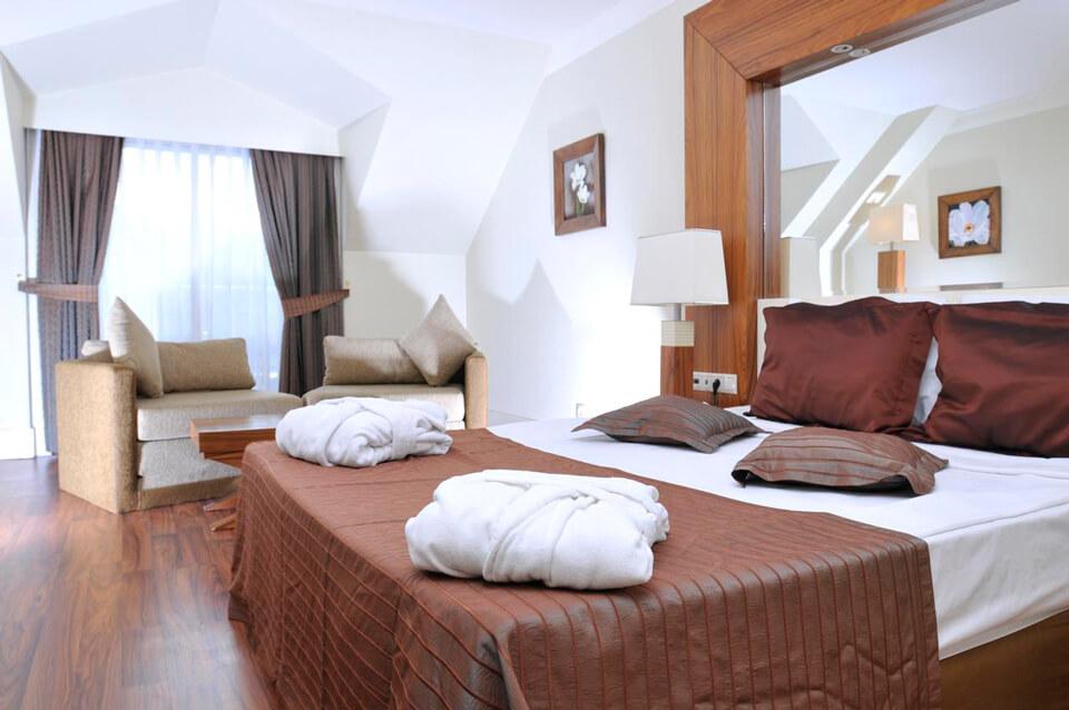 Туры в Кемер (Турция) на 7-9 ночей, 2взр+1реб, отели 4-5* все включено от  69 329 руб за ТРОИХ — июль