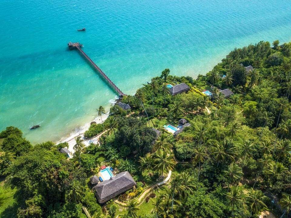 Где отдохнуть на море в июне без визы — 25 лучших направлений