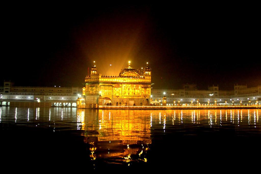 Хармандир сахиб золотой храм