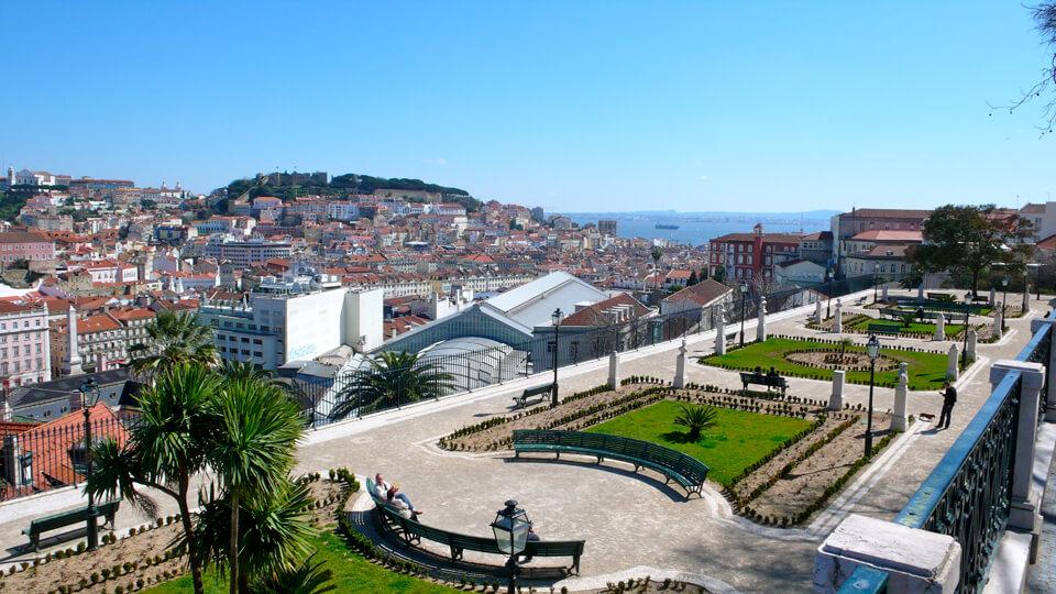 Смотровая площадка Сан Педру де Алкантара, Лиссабон