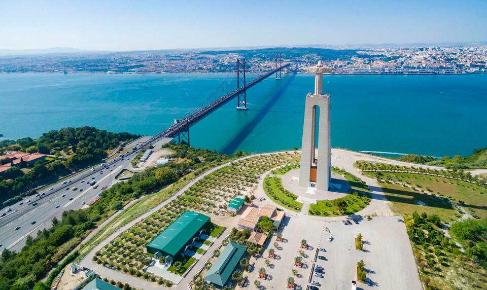 Статуя Христа, Лиссабон