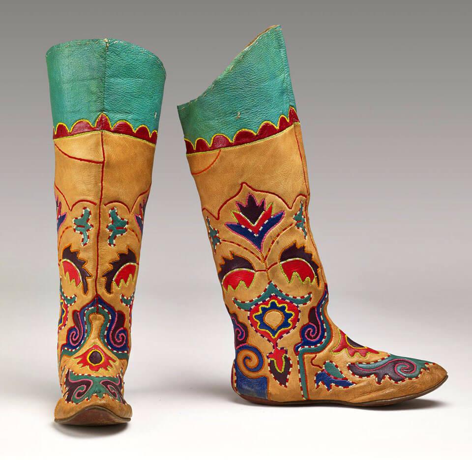 Национальные татарские туфли, Казань