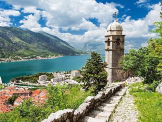 Болгария или Черногория