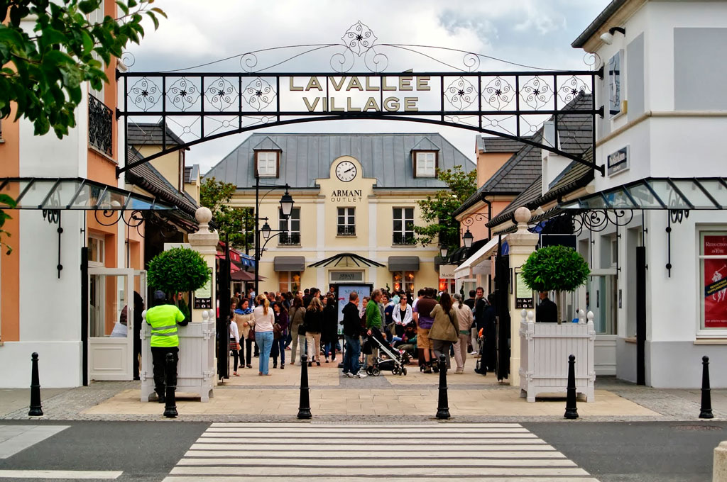 La Vallee Outlet Shopping Village, Франция