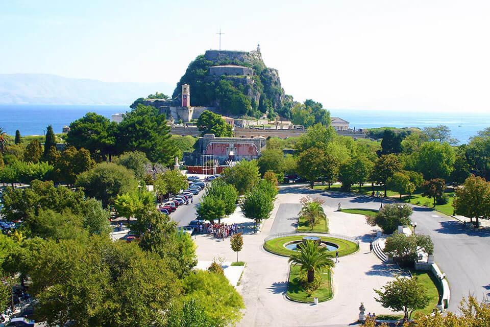 Площадь Спианада, Корфу