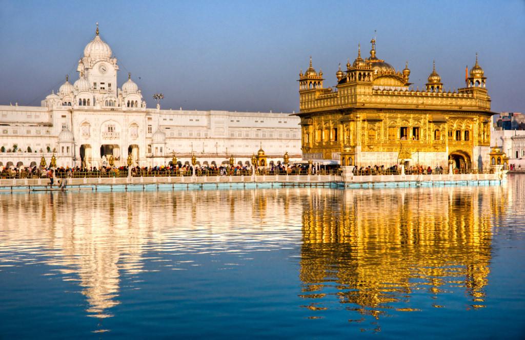 in hindi essay on amritsar