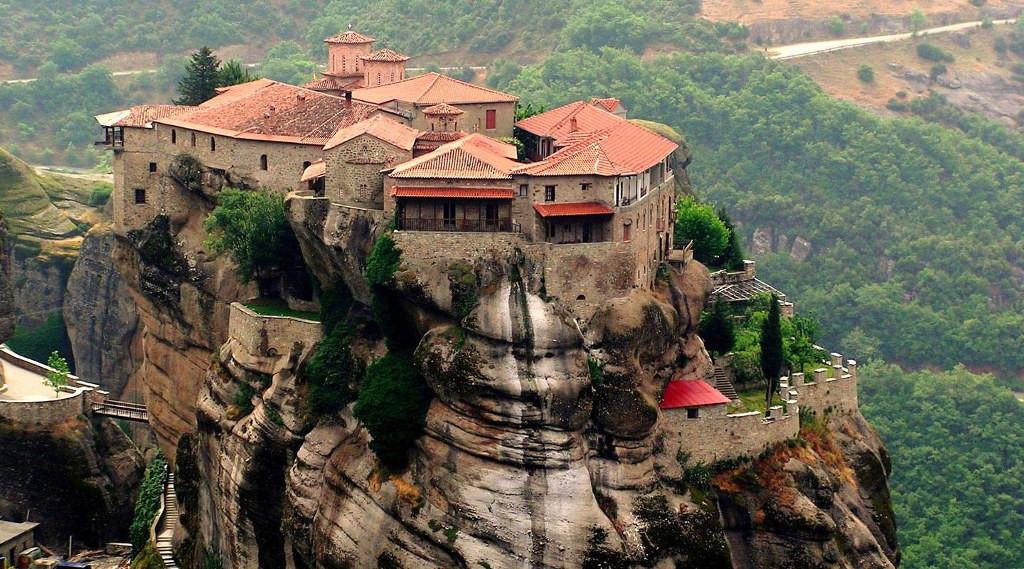 Картинки по запросу Монастырский комплекс Метеоры, Греция