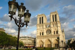 Париж за один день: от Нотр-дам-де-Пари до Эйфелевой башни