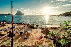 Где отдохнуть на море в июне