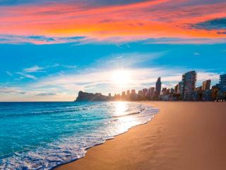 Где отдохнуть на море в июле – 20 лучших направлений