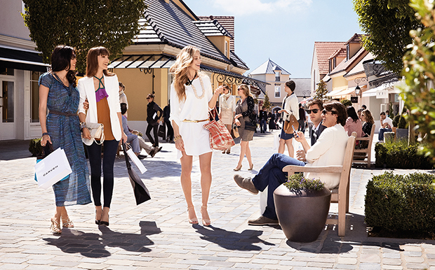 La Vallee Outlet Shopping Village