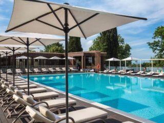Отели Сочи всё включено с бассейном