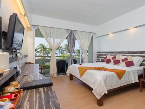The Bliss Hotel South Beach Patong 4*, Пхукет