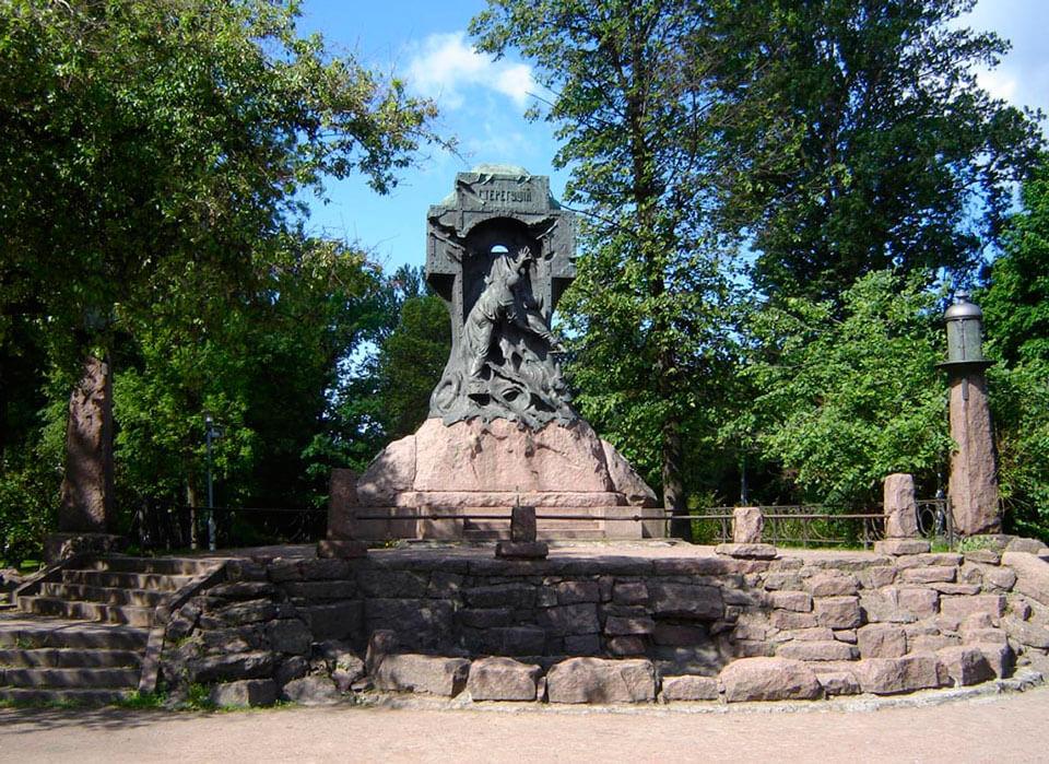 Памятники спб цена 2018 памятник в москве человек с крестом